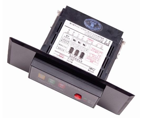 GC-DX10高压带电显示器的产品展示        GC-DX10高压带电显示器的接线图  公司拥有标准生产线3条,焊接机3台、超高压发生器4台、耐压仪1台、高精度直流稳压电源2台、微电脑仿真器2套、进口示波器2台、高精度四位万用表10块、自动切脚机2台、高温老化检测室2间等。高压带电显示器月生产能力达500-700台。主要服务于各省市供电局、电力设计院、电力企业。 产品采用微电脑技术,其中主要元器件全部采用美国和日本原装进口,为设备的安全运行提供保证。公司自主研发生产的高压带电显示(GC-8500系列